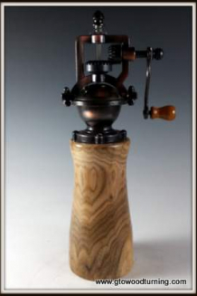 Antique Peppermill - Special Woods
